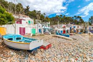 Nice, quiet seaside village of Spanish
