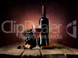 Grape in basket with wine