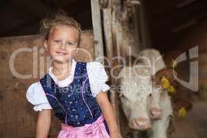 Mädchen Tracht Dirndl Kleid Tradition Bauernhof