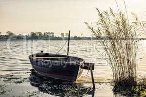 Boot an der Ostseeküste