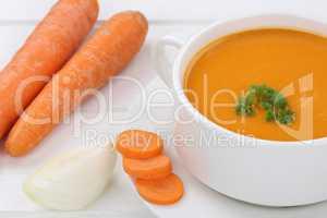 Karottensuppe Möhrensuppe Karotten Möhren Suppe