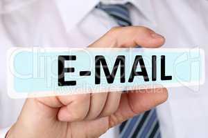 Business man Konzept mit E-Mail Email Mail im Internet