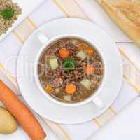 Linsensuppe Linsen Suppe in Suppentasse von oben gesunde Ernähr