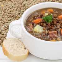 Linsensuppe mit viele Linsen Suppe Nahaufnahme gesunde Ernährun