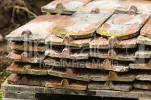 alte Dachziegel, old roof tile