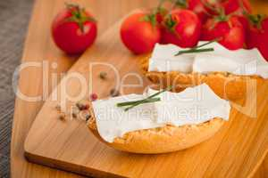 Bread with cottage
