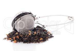 Black dry tea with petals