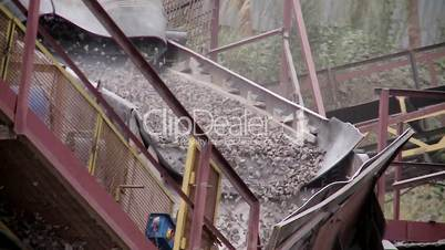 pipeline processing of rocks