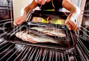 Cooking Dorado fish in the oven.