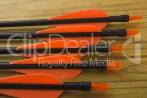 Plastic tail arrows