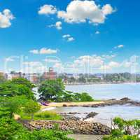 views of the port city on the ocean (Galle Sri Lanka)