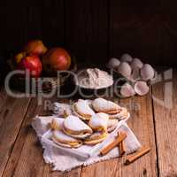 fruity apple cinnamon mostbiscuits