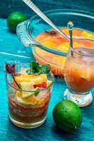 fresh tropical fruit juices