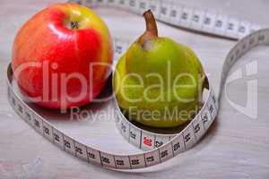 Diät Apfel Birne Maßband