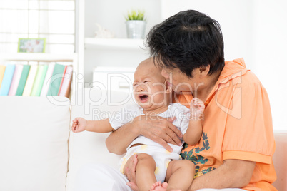 Comfort crying baby