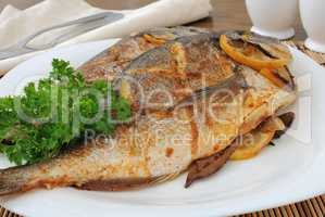 Baked fish with lemon Dorado