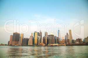 Manhattan cityscape with the Brooklyn bridge