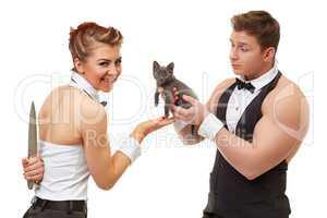 Trusting guy gives kitten to misleading girl