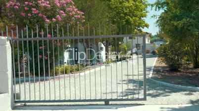 Opening and closing of automatic house gates