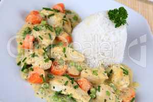 Geflügel mit Reis