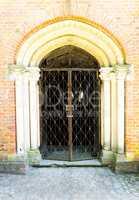 Eingang zu einer Kapelle