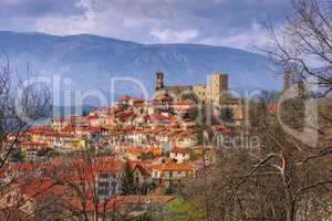 Vernet Les Bains in Frankreich - Village of Vernet Les Bains in Pyrenees, Languedoc-Roussillon