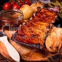 Crisp grilled ribs