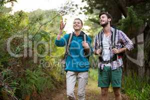 Hiker couple pointing at distance