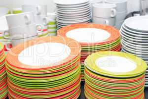 Clean Dishware Set