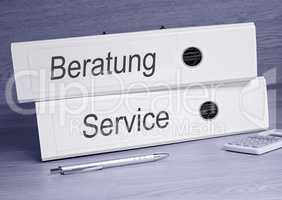 Beratung und Service - Ordner im Büro