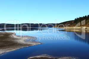 Niedrigwasser am Möhnesee