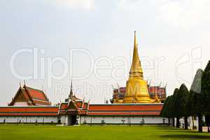 Wat Phra Kaew, Temple of the Emerald Buddha, Bangkok, Thailand.
