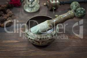 Singing Bowl against other religious ritual objects