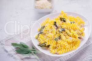 Pasta with garlic and sage