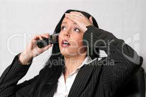 Sekretärin telefoniert