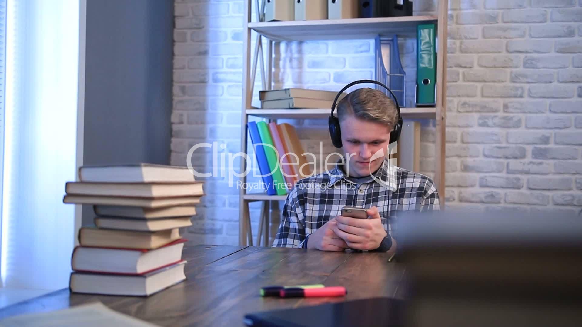music-videos-teens-teenager