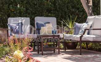 Patio furniture and feng shui garden decor