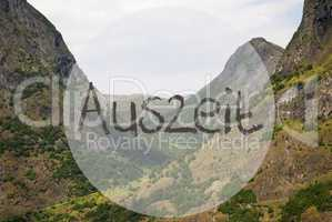 Valley And Mountain, Norway, Auszeit Means Downtime