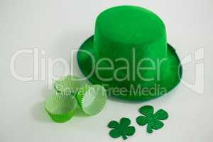 St Patricks Day leprechaun hat with shamrock and cup cake case