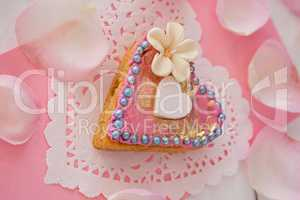 Heart shape gingerbread cookie with petals