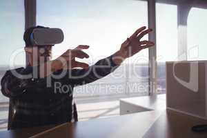 Entrepreneur testing virtual reality technology