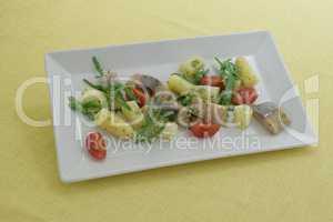 Matjessalat mit Spargel