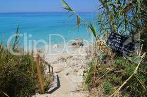 Keep clean warning on the beach