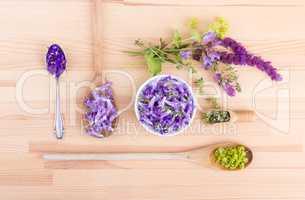violet, edible flowers