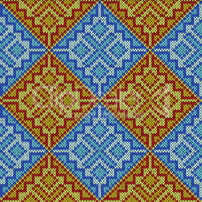 Knitting seamless square pattern
