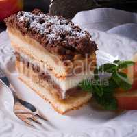 Apple cream cake