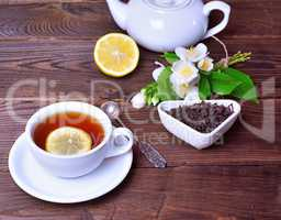 Black tea with lemon and brew