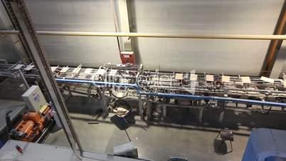 Production conveyor, conveyor line, conveyor belt, ceramic tile, kiln firin, Production of ceramic tiles, Indoors, inside, panorama