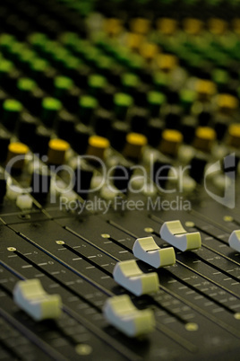Mixer - Management System for Sound