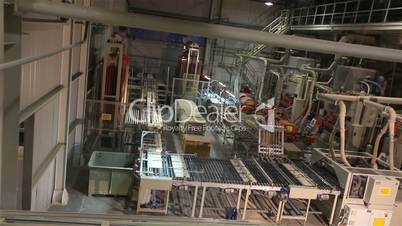 Automated line for the production of ceramic tiles, a complete cycle of production of tiles from clay to the finished product in a single factory